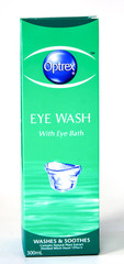 Optrex Eye Wash with eye bath 300ml